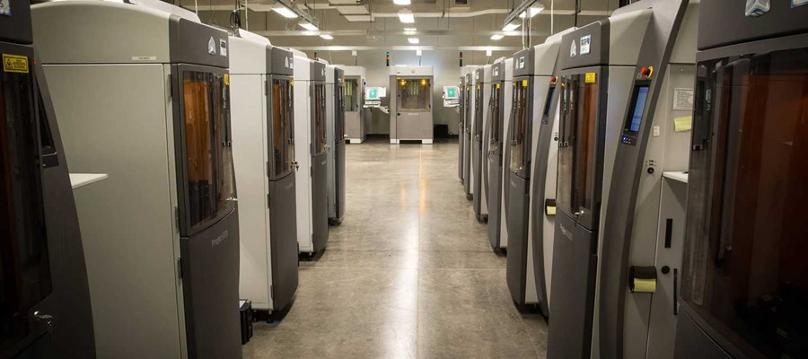 row of stereolithography machines